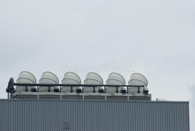 Kühlturm lizenzfreie stockfotografie