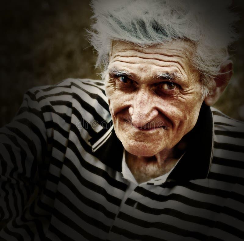 Künstlerisches Weinleseportrait des älteren alten Mannes lizenzfreie stockbilder