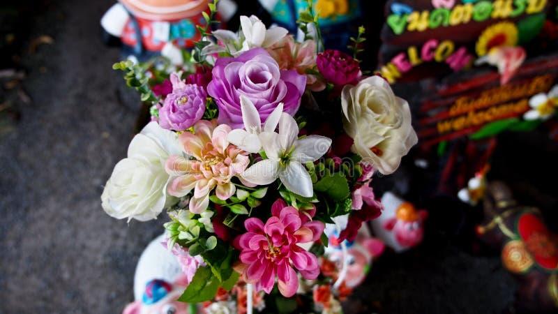 Künstliche Blumen lizenzfreies stockfoto