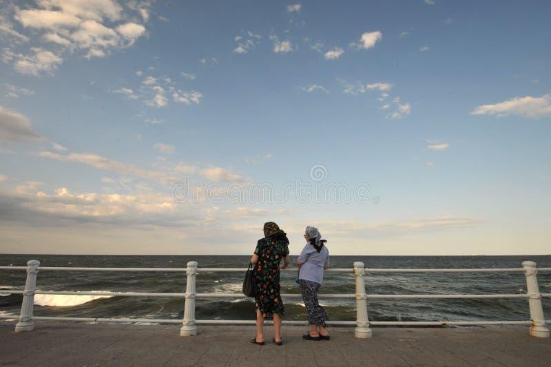 Künstliche Klippe auf der Küste Schwarzen Meers in Constanta, Rumänien stockfotografie