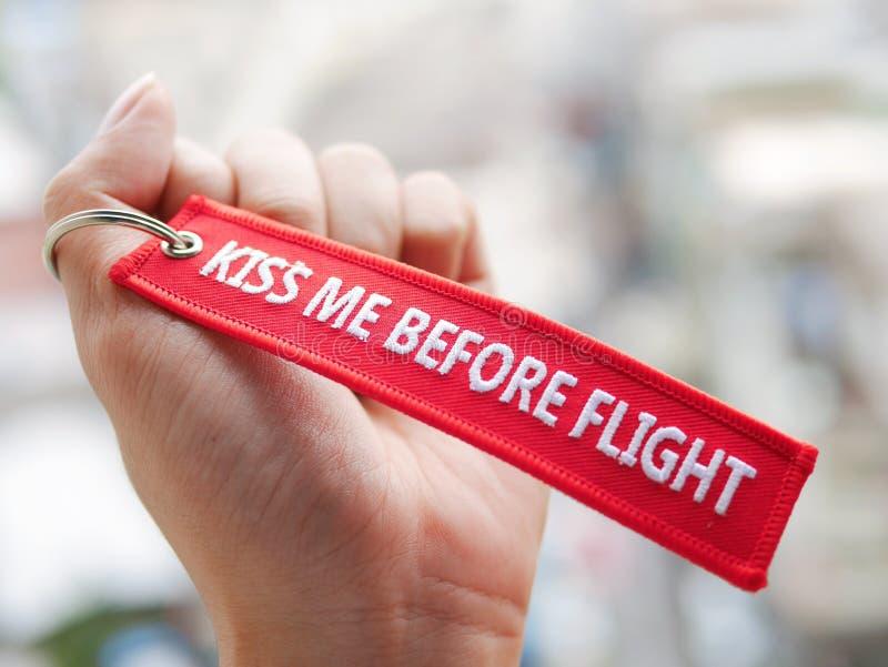 küssen Sie mich vor Flug lizenzfreie stockfotografie
