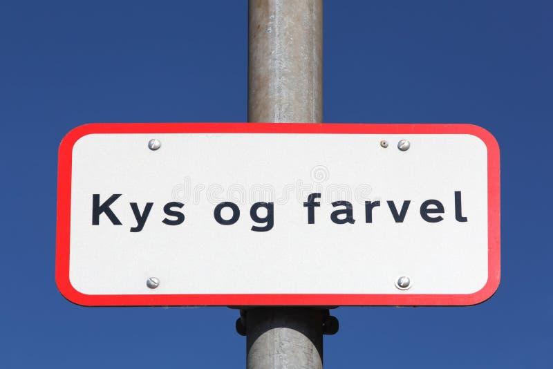 Küssen Sie und Auf Wiedersehen auf dänisch lassen Sie weg Zone in Dänemark fallen lizenzfreie stockfotografie