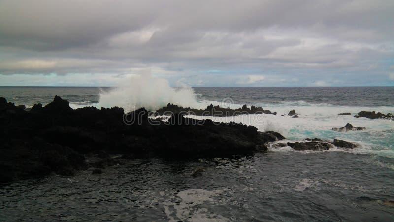 Küste der Bucht von Tauben Pombas alias, biscoitos, Terceira-Insel, Azoren, Portugal lizenzfreies stockfoto