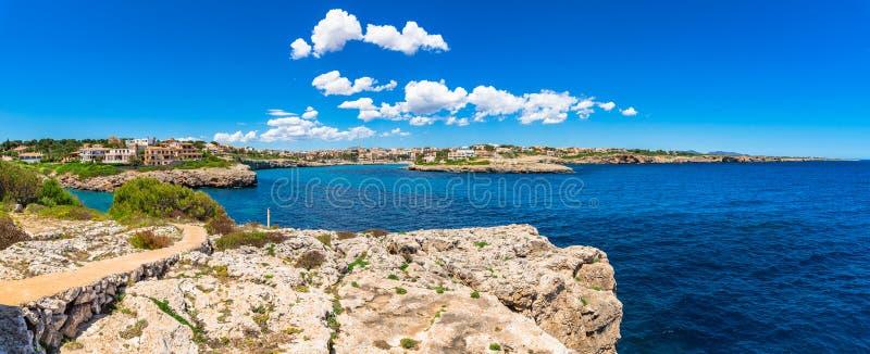 Küste Spaniens Majorca von Porto Cristo stockfotos