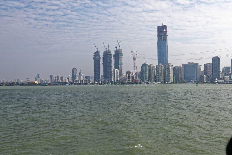 Küsten-Skyline lizenzfreies stockbild