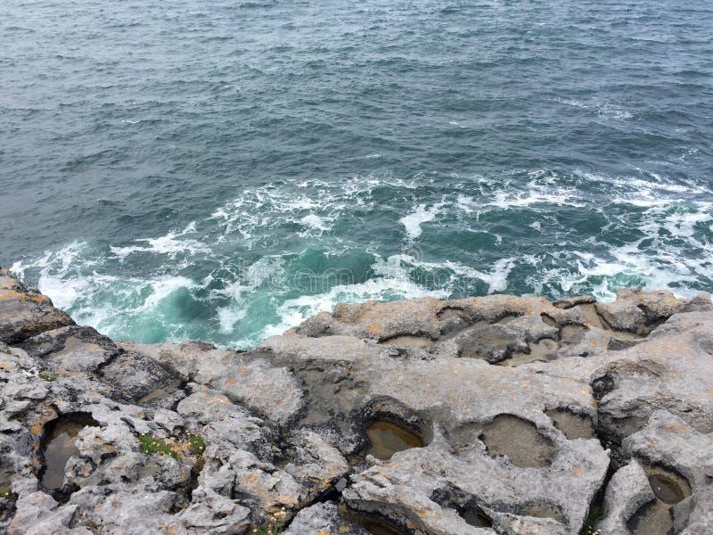 Küsten von Irland stockfotos