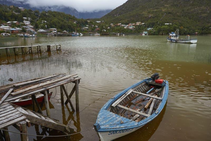 Küstendorf von Tortel im Nordpatagonia, Chile lizenzfreies stockbild