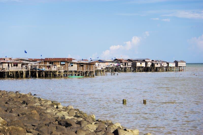 Küstenelendsviertel von Tawau lizenzfreies stockbild