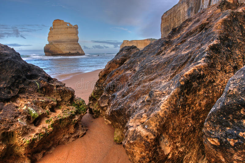 Küstenklippenlandschaft lizenzfreie stockbilder