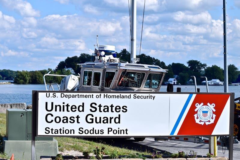 Küstenwache Vereinigter Staaten am Sodus-Punkt-Jachthafen stockbilder