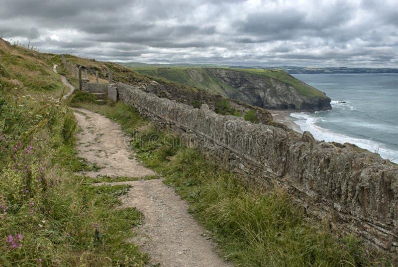 Küstenweg auf der Nordküste von Cornwall stockfotografie