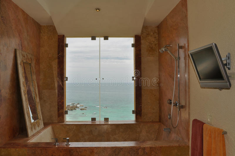 kąpielowa luksusowa marmurowa balia fotografia royalty free