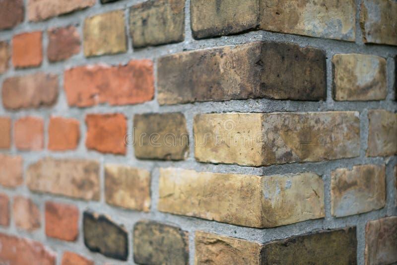 Kąt rocznika ściana z cegieł, kamienna ściana z cegieł krawędź obraz stock