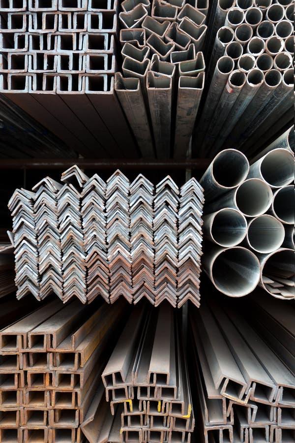 kąta żelaza metalu drymb sterta zdjęcia stock