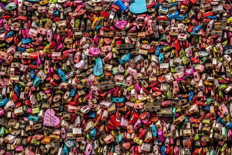 Kędziorek Ja symbolizuje miłości dla each inny przy N Seul wierza Seul, zdjęcia royalty free
