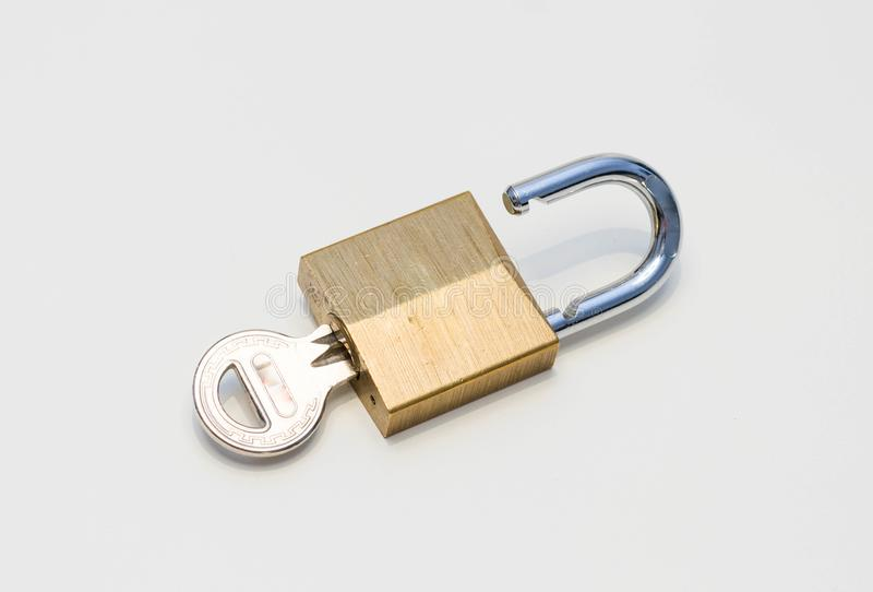 Kędziorek z kluczową kłódką obraz stock