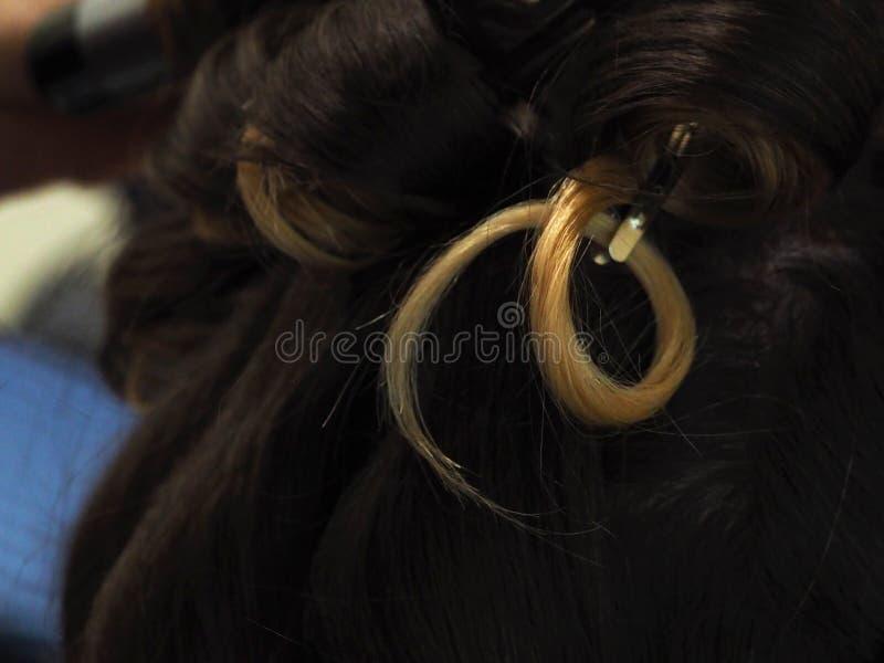 Kędziorek zabarwiający włosy z bliska obraz stock