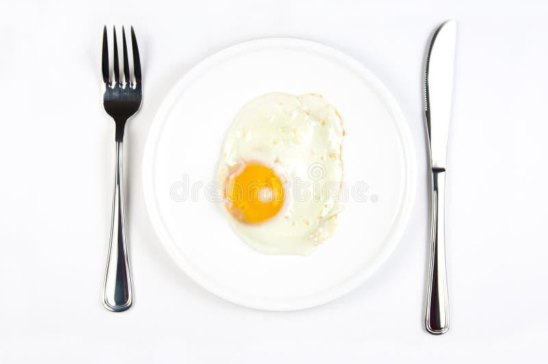 Download Kłusujący jajko zdjęcie stock. Obraz złożonej z jedzenie - 28957668