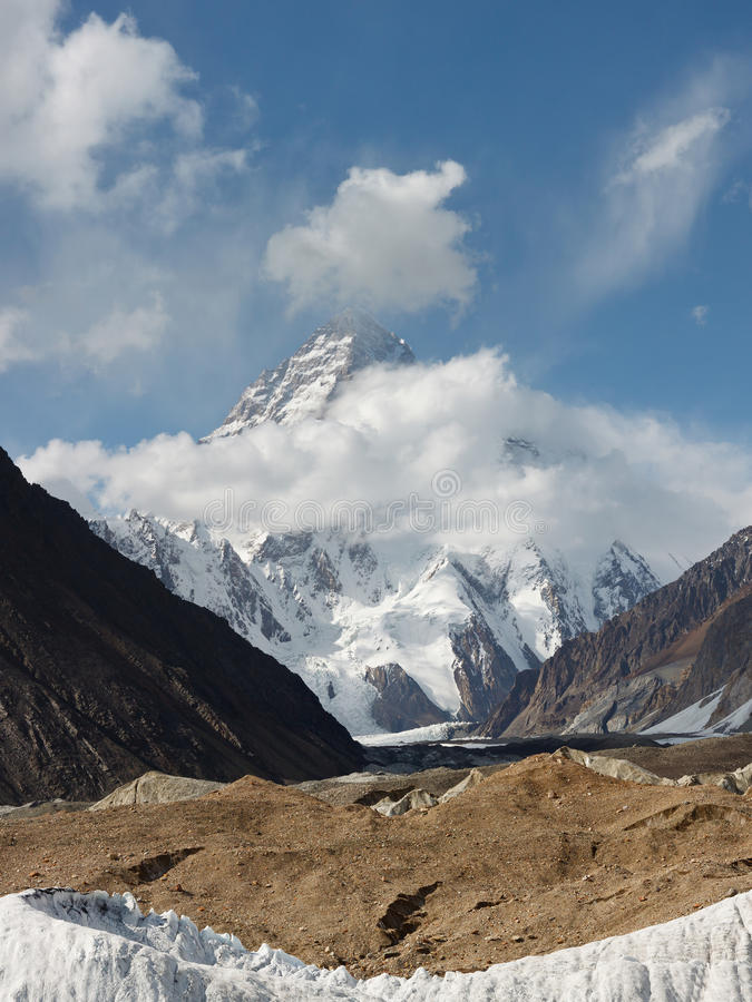 K2 en el Karakorum, Paquistán foto de archivo