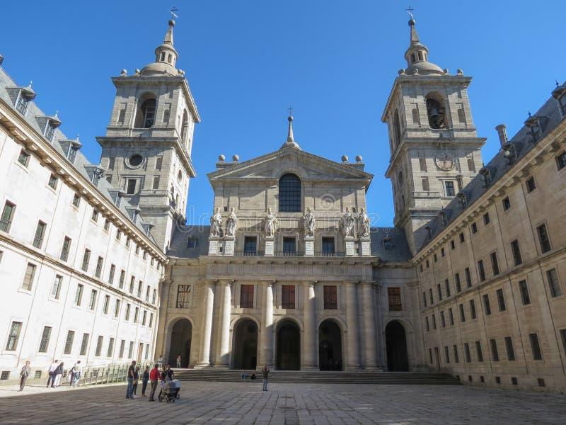 K?nigliches Kloster von San Lorenzo de El Escorial nahe Madrid lizenzfreie stockfotos