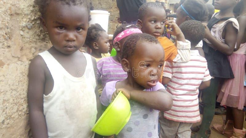 Każdy dziecko potrzebuje karmową ochronę zdjęcie royalty free