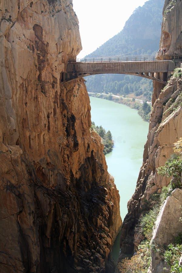 Kaak-latende vallen Gr Caminito del Rey The King ` s Weinig Weg dichtbij Malage in Spanje stock afbeelding