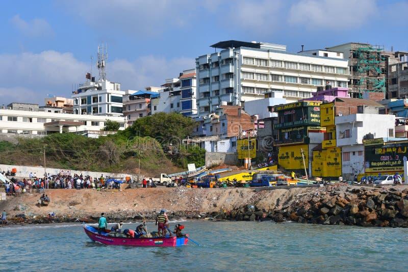Kaap Comorin Kanyakumari, het Tamil Nadu van India, West-Bengalen, 15 Maart, 2019 Vissers van de kust van Kaap Comorin Kanyakumar stock afbeeldingen