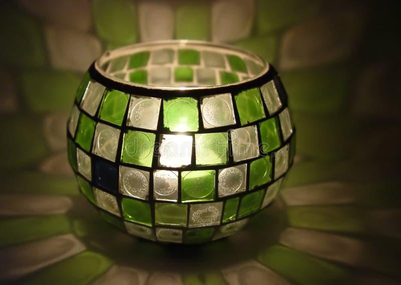 Kaars binnen een gebrandschilderd glas royalty-vrije stock foto