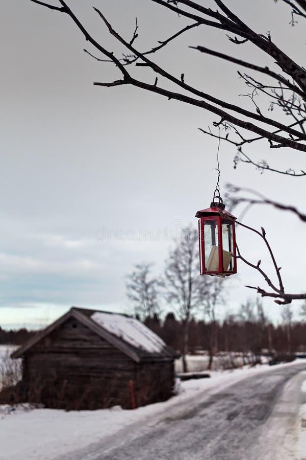 Kaars in A Gebroken Lantaarn stock fotografie