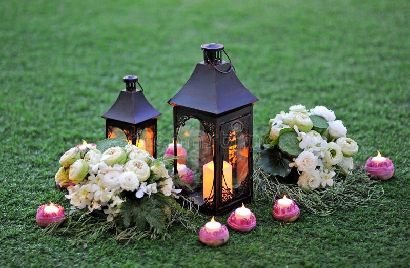 Kaarsen en bloem royalty-vrije stock foto