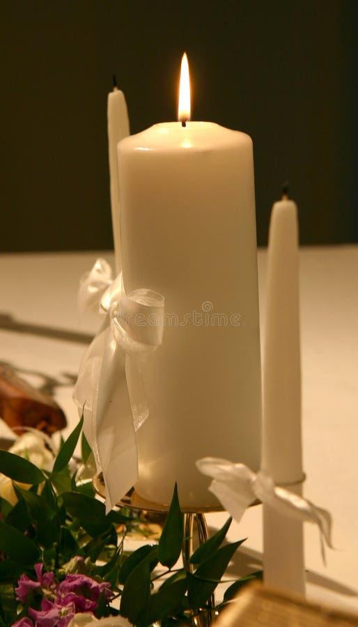 Download Kaarsen Voor De Ceremonie Van Het Huwelijk Stock Afbeelding - Afbeelding bestaande uit aangestoken, huwelijk: 294781