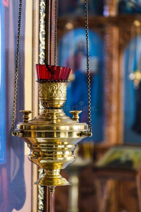 Kaarslicht in de kerk royalty-vrije stock foto