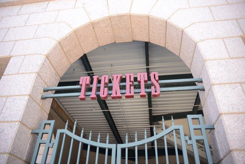 Kaartjesbureau bij de Marge, het Voetbalstadion of het Voetbalgebied stock foto's