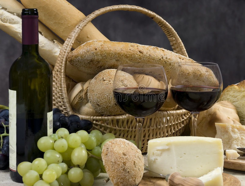 Kaas en Wijn 10 van het brood stock foto