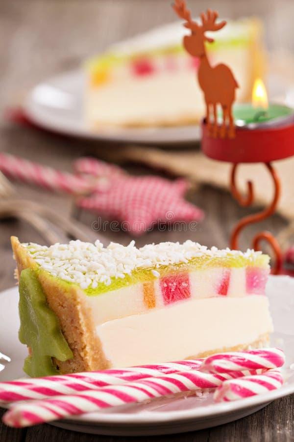 Kaastaart voor Kerstmis met kleurrijke gelei stock afbeeldingen