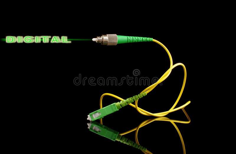 Kabel för teknologi för fiberoptik med signalen för digital efterbehandling fotografering för bildbyråer