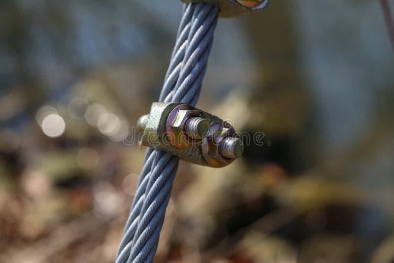 Kabel met bouten en noten royalty-vrije stock fotografie