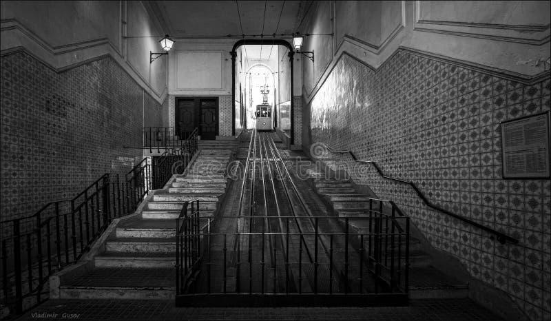 Kabelbaan van Lissabon symmetrie portugal Rebecca 36 stock fotografie