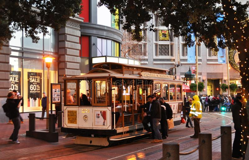 Kabelbil i i stadens centrum SF royaltyfria bilder
