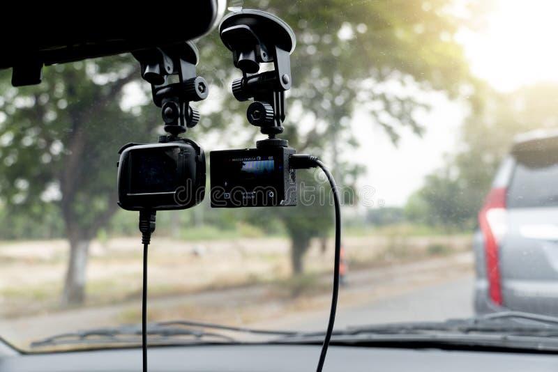 Kabeltelevisie-camera of Actiecamera in de auto stock afbeelding