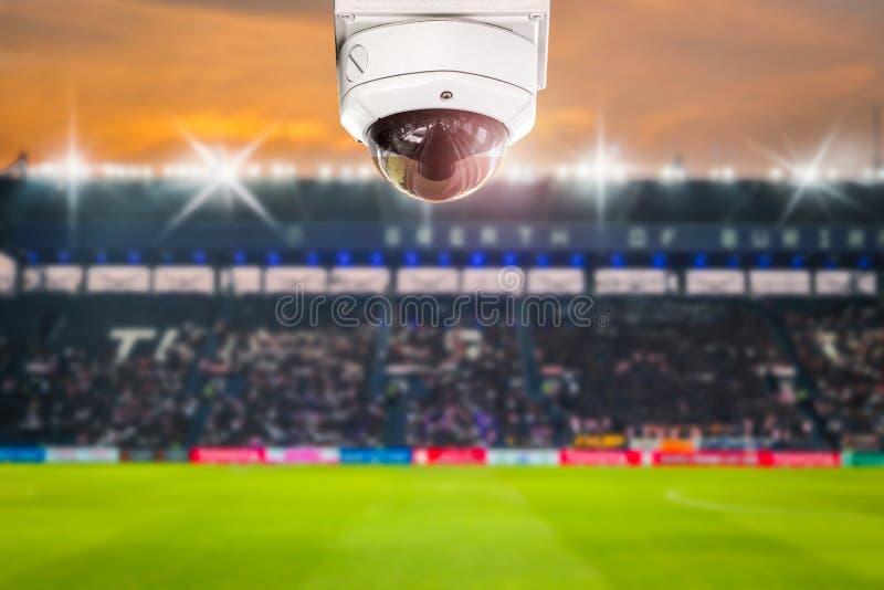 Kabeltelevisie-de schemeringachtergrond van de stadionvoetbal royalty-vrije stock foto's