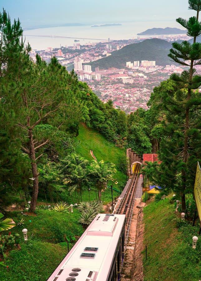 Kabelwagen onderaan Penang-Heuvel stock afbeeldingen