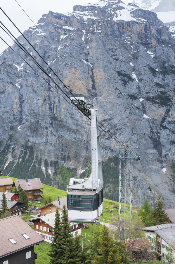 Kabelwagen in Zwitserland royalty-vrije stock foto's