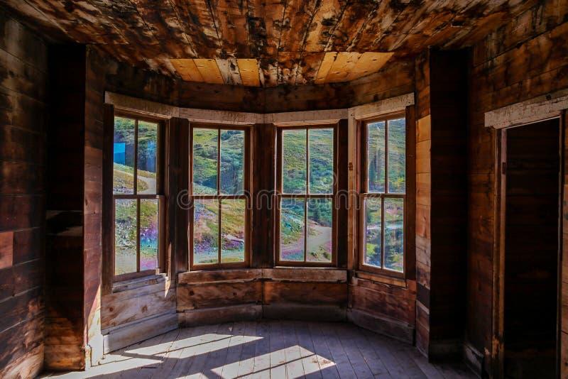 Kabin för guld- gruvarbetare på Animasgafflar Colorado royaltyfri bild
