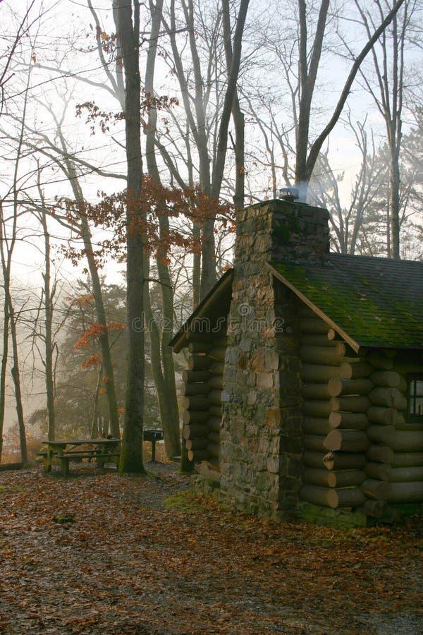 kabiny wcześnie rano nowego jersey mgła. zdjęcia royalty free