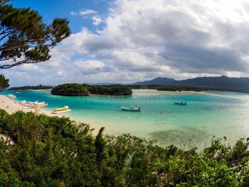 Kabira-Bucht in Ishigaki lizenzfreies stockfoto