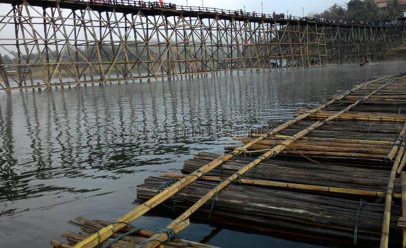 kabjanaburi del fiume della zattera immagine stock libera da diritti