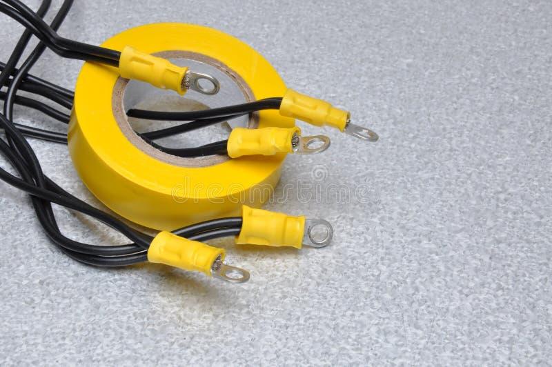 Kablar och band för bruk i elektriska installationer arkivfoton