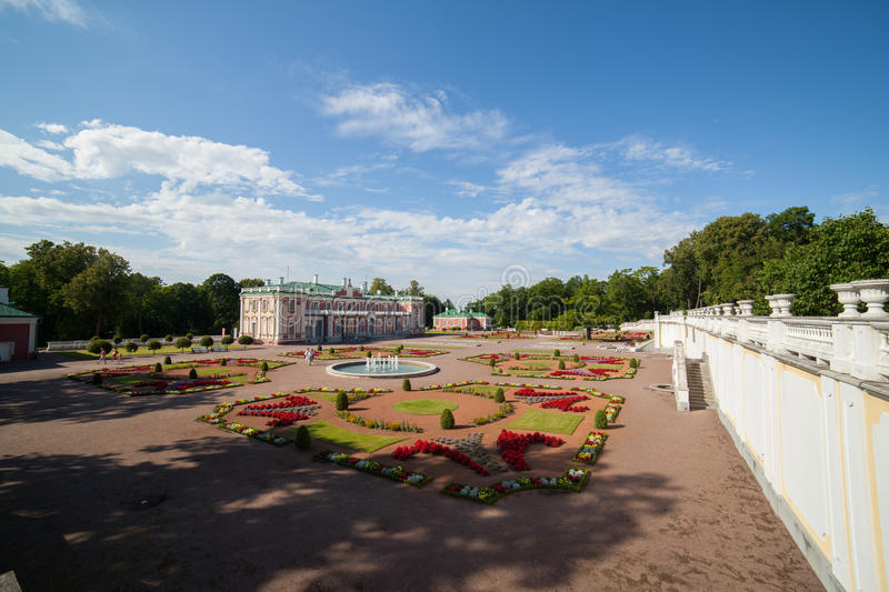 Download Kadriorg palace editorial stock image. Image of clear - 27611824
