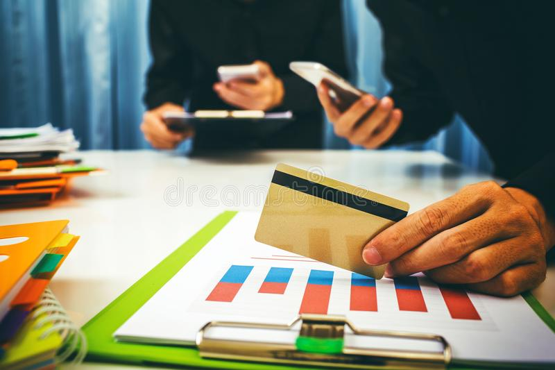 Kadziowi i pożyczkowi tempa kalkulowali bankowem obraz stock